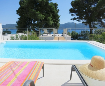 You will probably get the best view when lying on the deckchair by the pool :)
